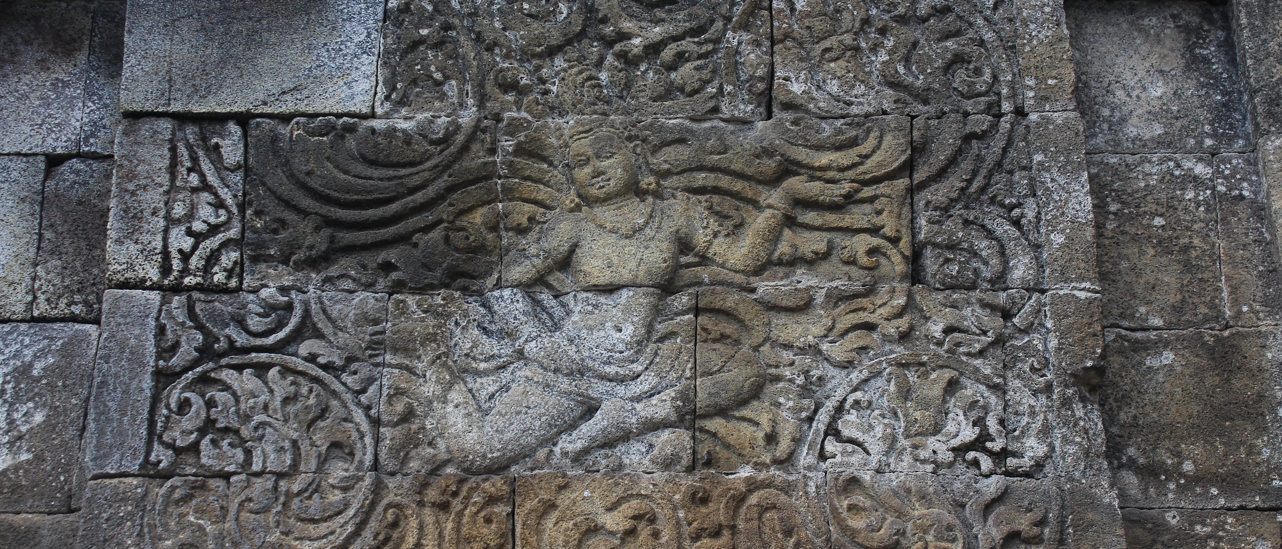 The relief carvings on Candi Mendut.